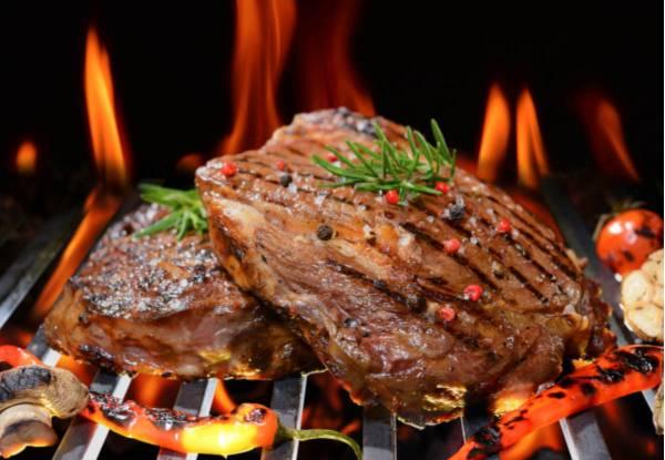 Un toque diferenciador en tu cocina profesional: Barbacoa de piedra volcánica